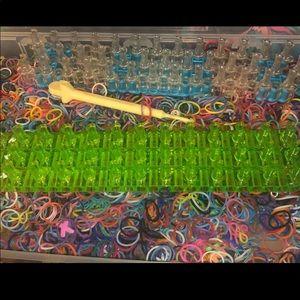 Rainbow loom Kit w/extras